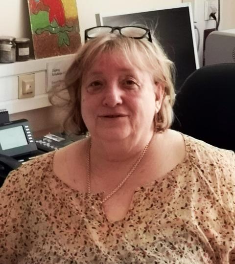 Frau Nicola Mehl